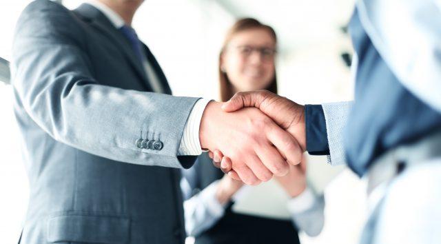 Pienten yritysten irtisanomislakihankkeesta on paisunut kiista, joka ei ole enää missään suhteessa asian merkitykseen