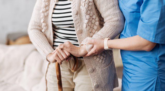 Vanhusasiakkaiden ja päiväkotien käyttämien tukipalvelujen arvonlisäverottomuus vaarassa