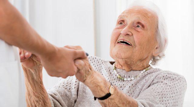 Ikääntyneiden palveluita koskevassa laatusuositusesityksessä valuvikoja